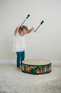child drumming music therapy